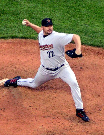 http://upload.wikimedia.org/wikipedia/commons/3/3e/Roger_clemens_2004.jpg