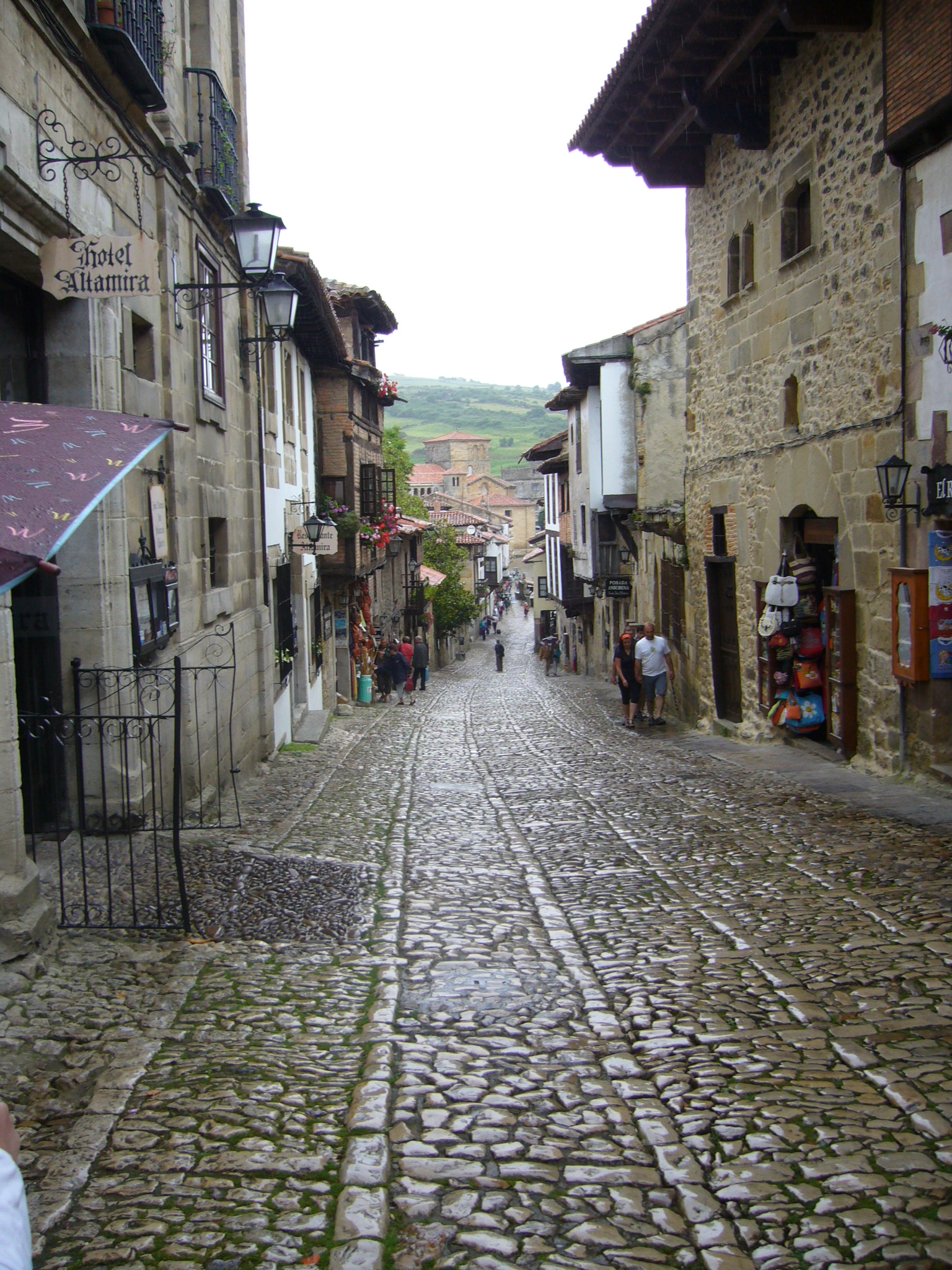 Why you should visit these 8 spanish towns that time for Cantabria homes