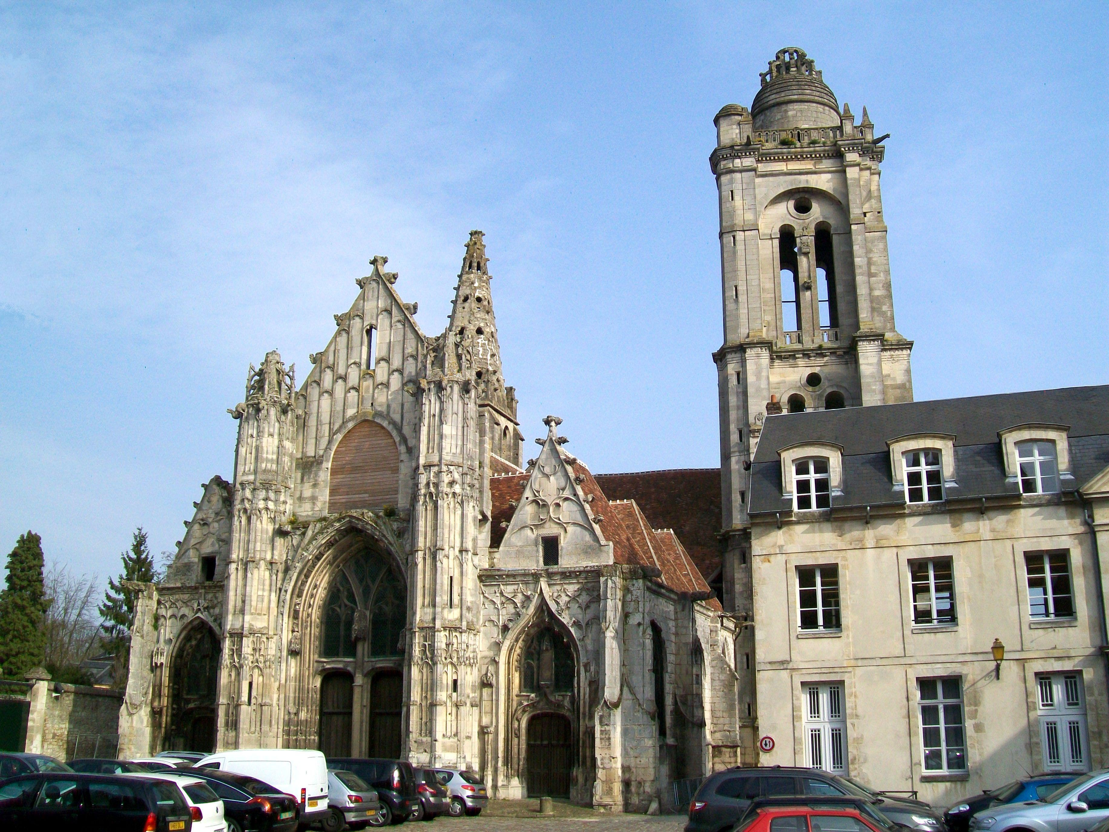 File senlis 60 fa ade est et tour de l 39 ancienne glise for Exterieur chapelle sixtine