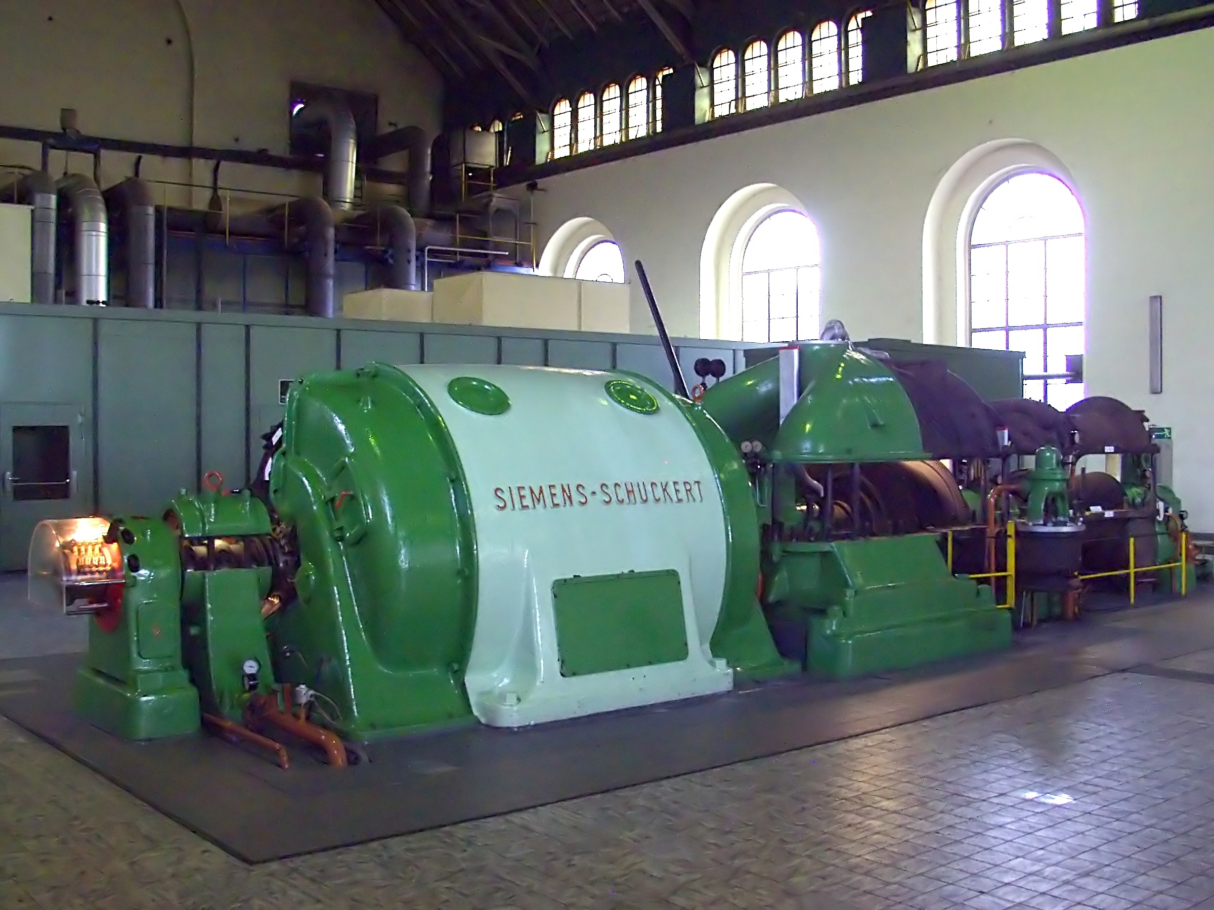File Siemens Schuckert Dampfturbine mit Generator 4488