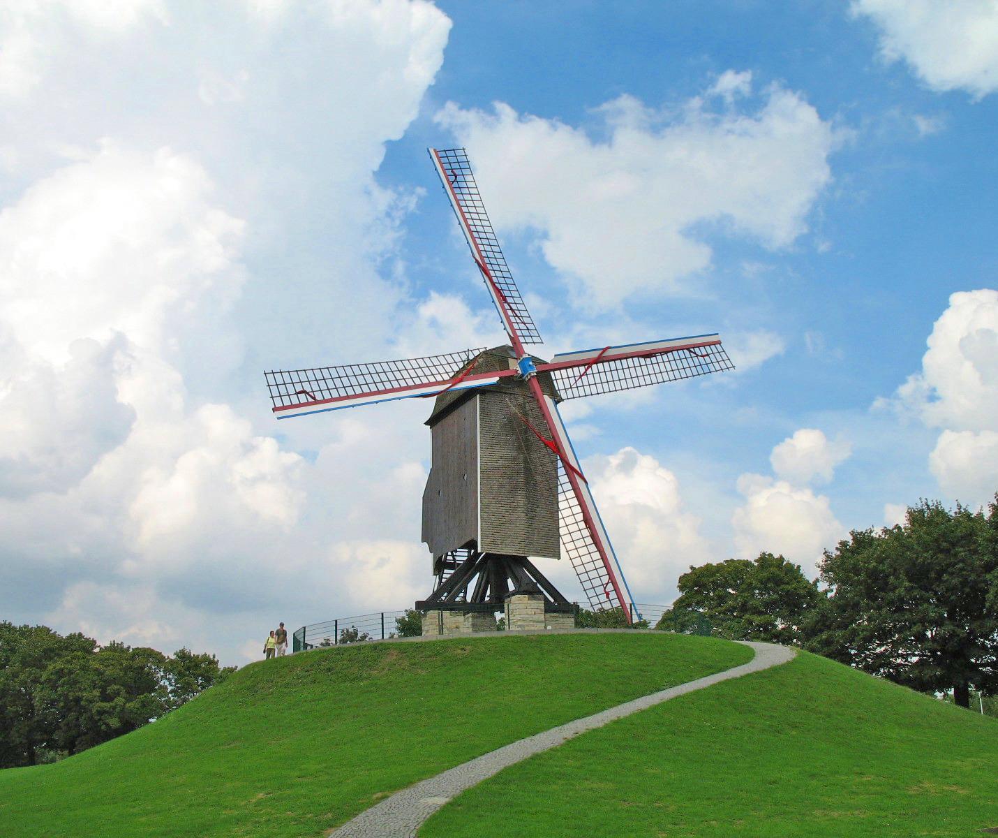 Sint-Janshuismolen_Brugge.jpg