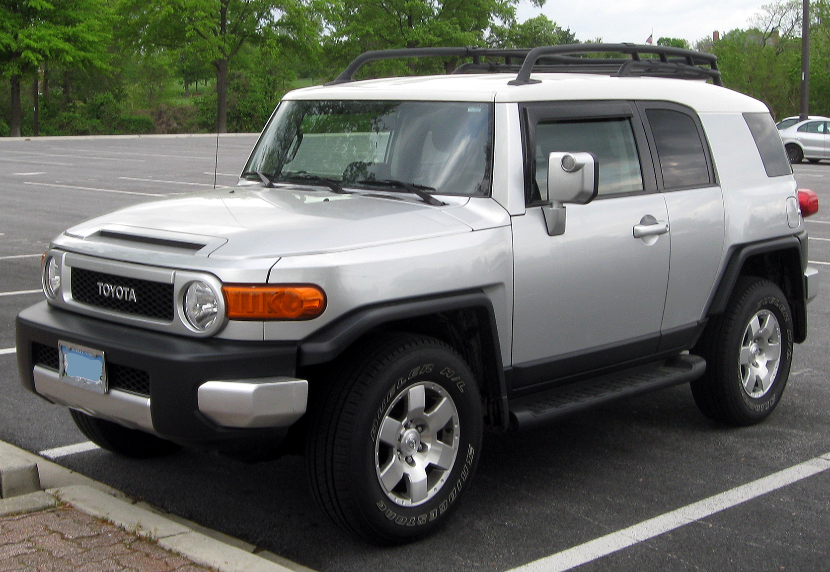 File:Toyota FJ Cruiser -- 04-27-2011 1.jpg - Wikimedia Commons