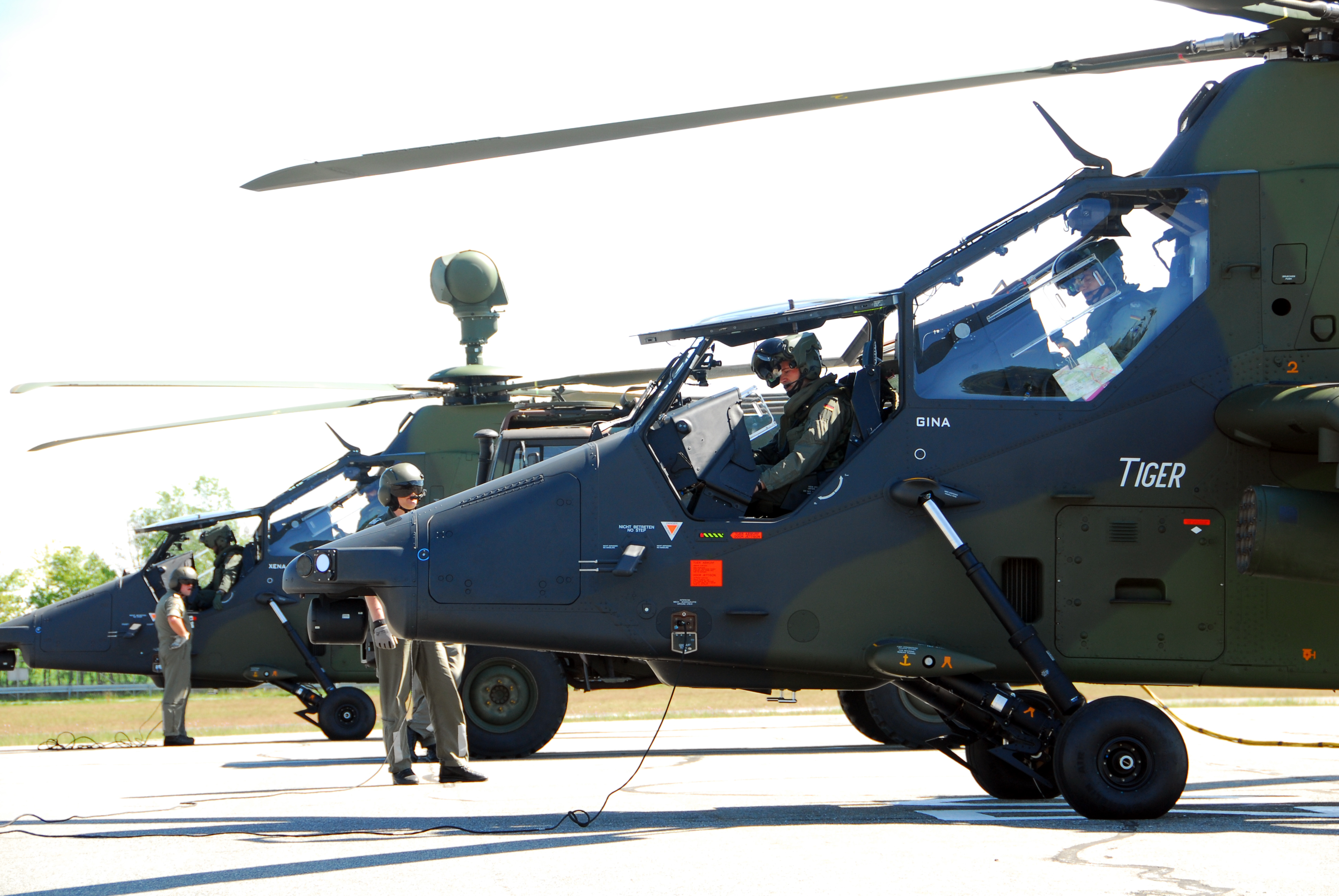 Eurocopter Tiger يوروكوبتر تايغر Two_German_Eurocopter_Tiger_attack_helicopters