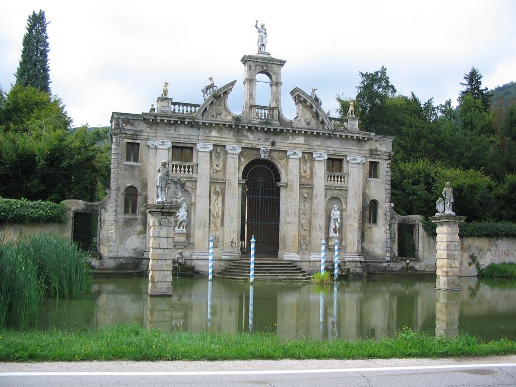 Villa Del Sasso Roma