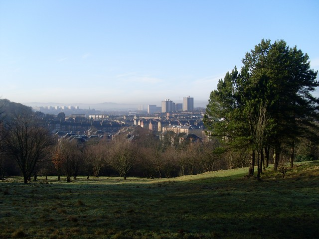 VView across Glasgow's Shawlands From Hill 60 in Queen's Park.
