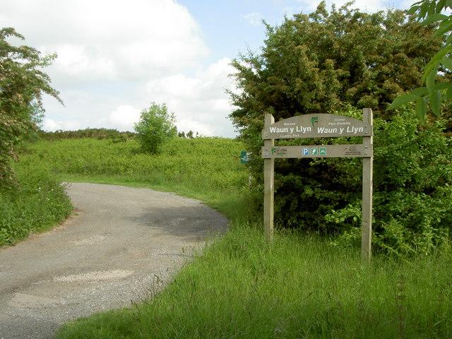 Waun-y-Llyn Country Park - geograph.org.uk - 833405