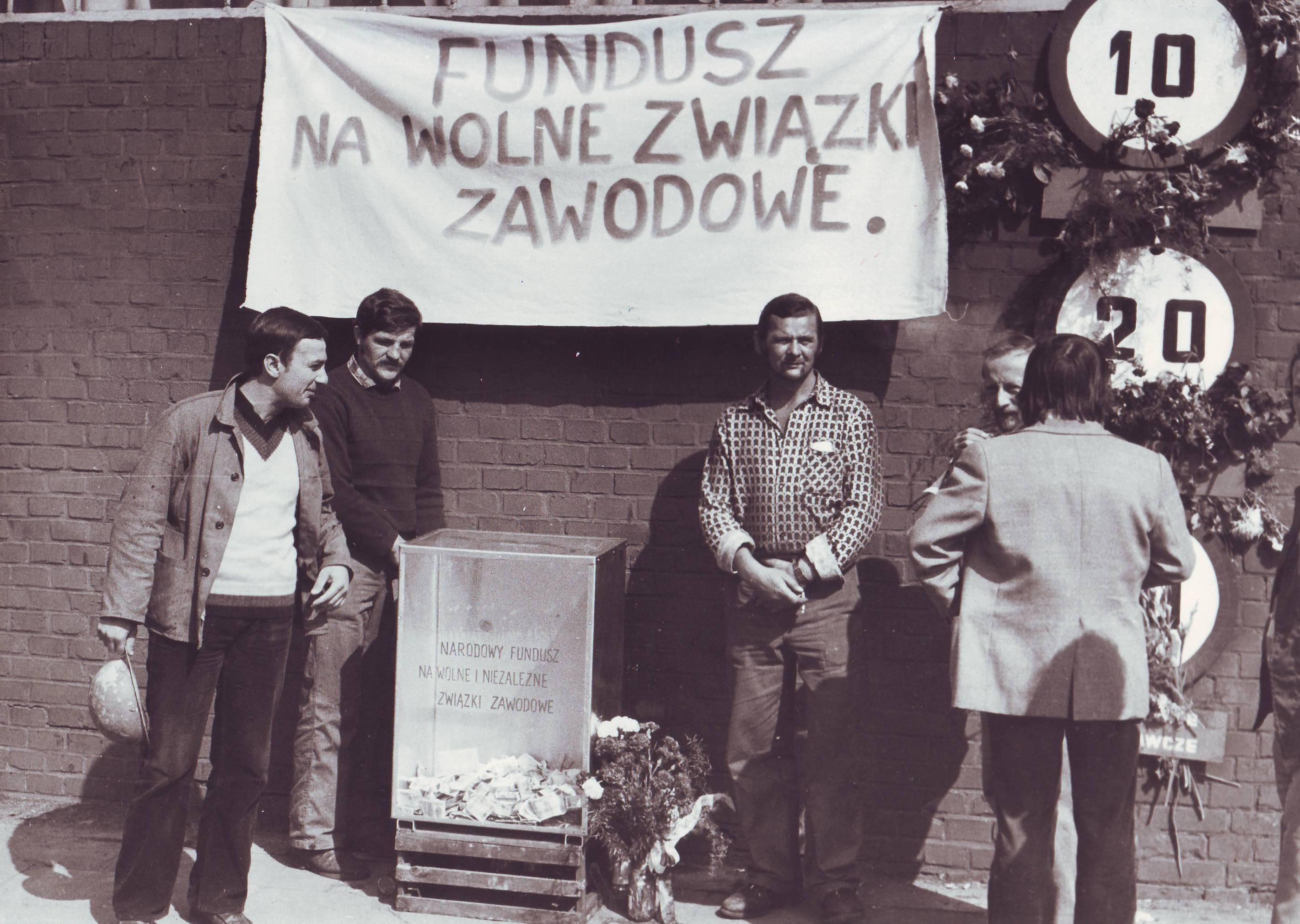 Zbiorka_na_wolne_zwiazki_zawodowe_1980.jpg
