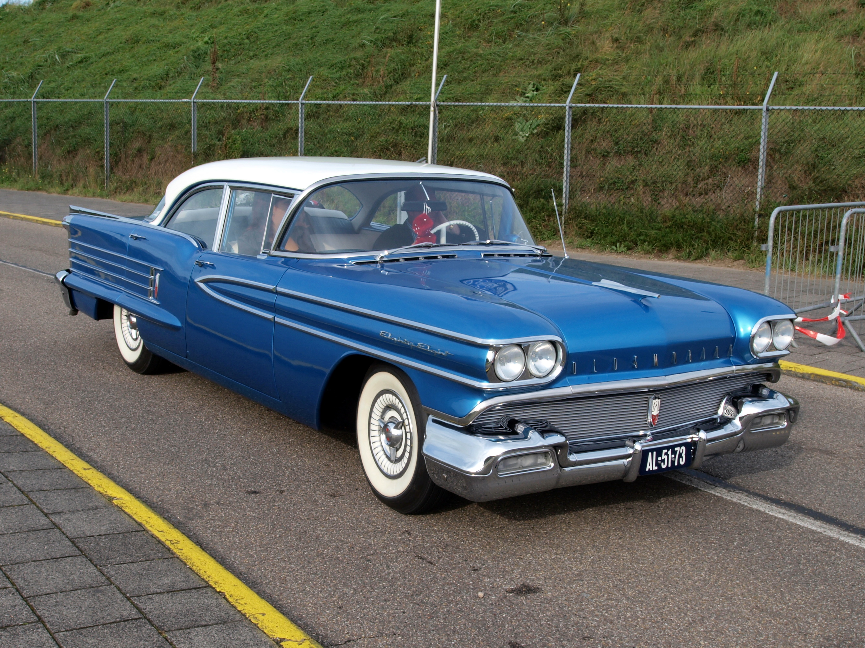 File 1958 Oldsmobile Eighty Eight Pic1 Jpg Wikimedia Commons