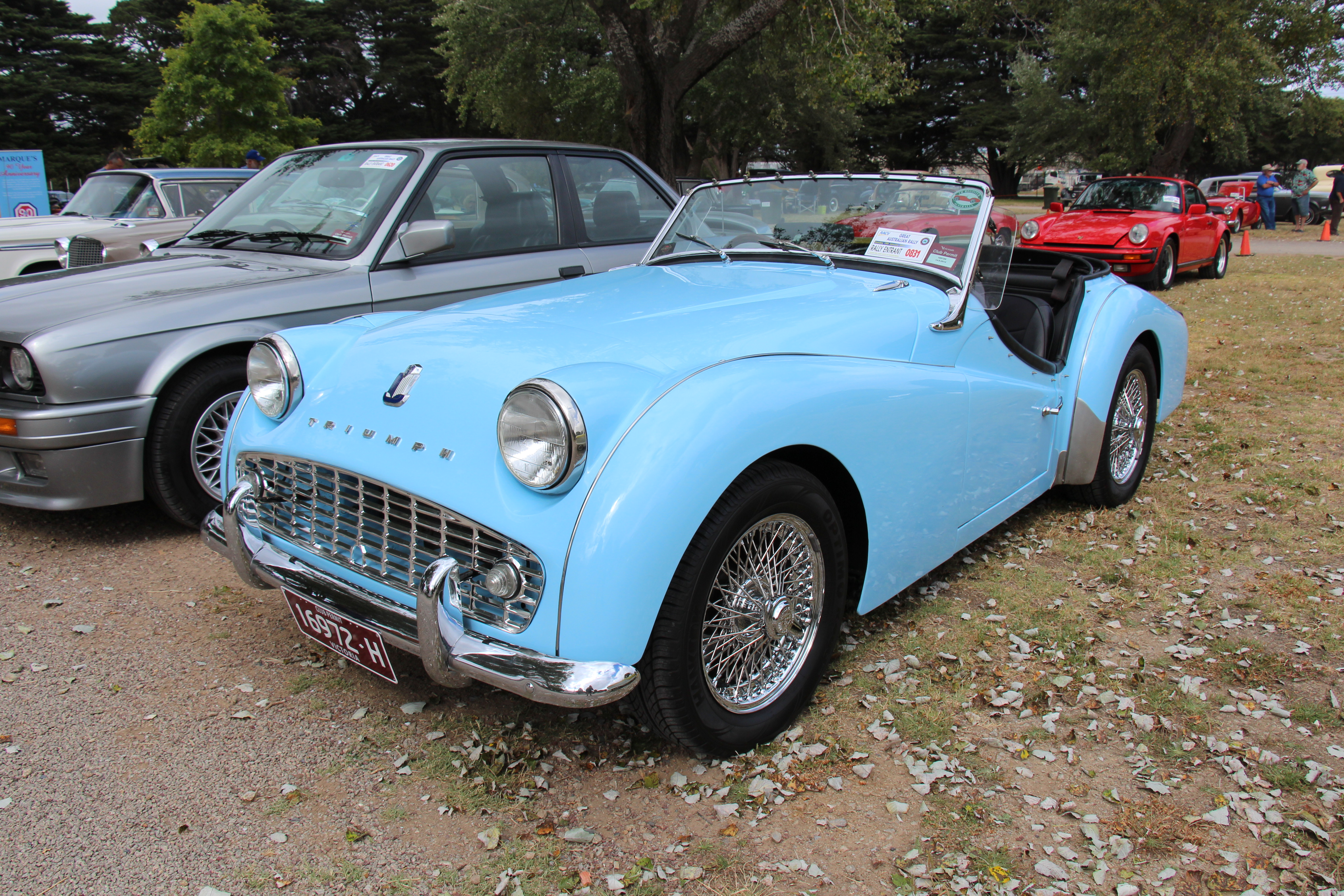 file 1960 triumph tr3a roadster  12097084476  jpg