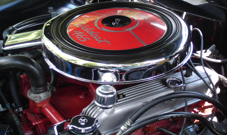 Buick Riviera 1966 - Conseil pour débutant demandés! 1966_Buick_Riviera_'Naihead'_425_engine_(nearside_view)