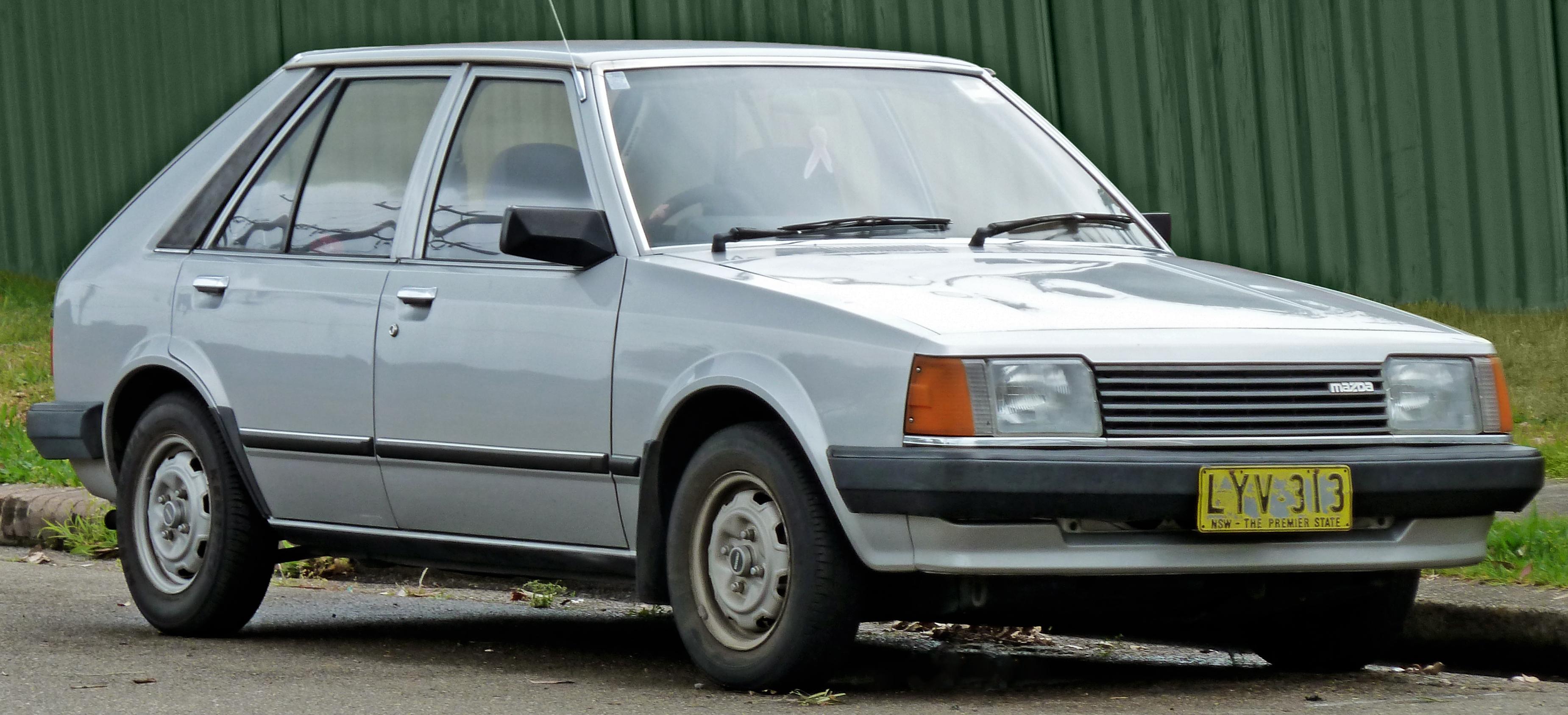 File1980-1982 Mazda 323 (BD) Deluxe 5-door hatchback ( & File:1980-1982 Mazda 323 (BD) Deluxe 5-door hatchback (2010-10-02 ...