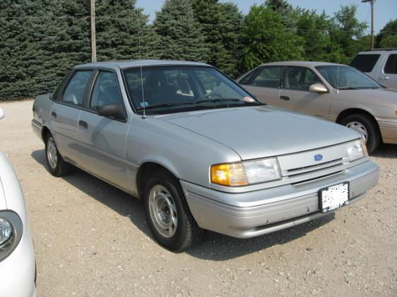 File:1994 Ford Tempo GL.jpg
