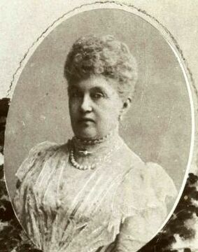 http://upload.wikimedia.org/wikipedia/commons/3/3f/Adelheid_Marie_von_Anhalt_Dessau_1833_1916.JPG?uselang=de