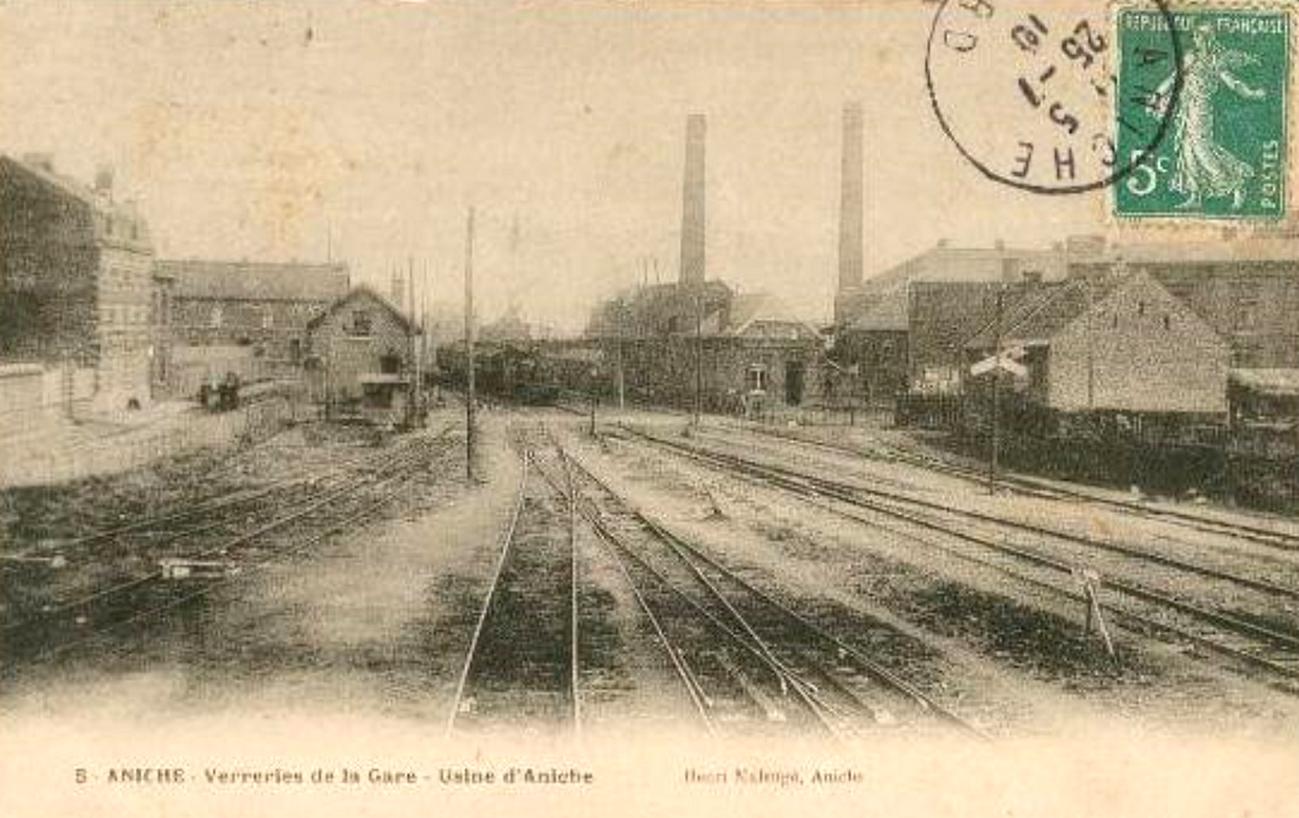 Aniche - Verreries de la Gare en 1910.jpg