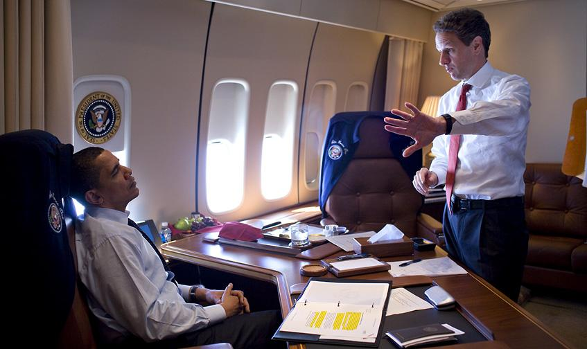 office air force 1. File:Barack Obama \u0026 Timothy Geithner On Air Force One 3-31-09 Office 1