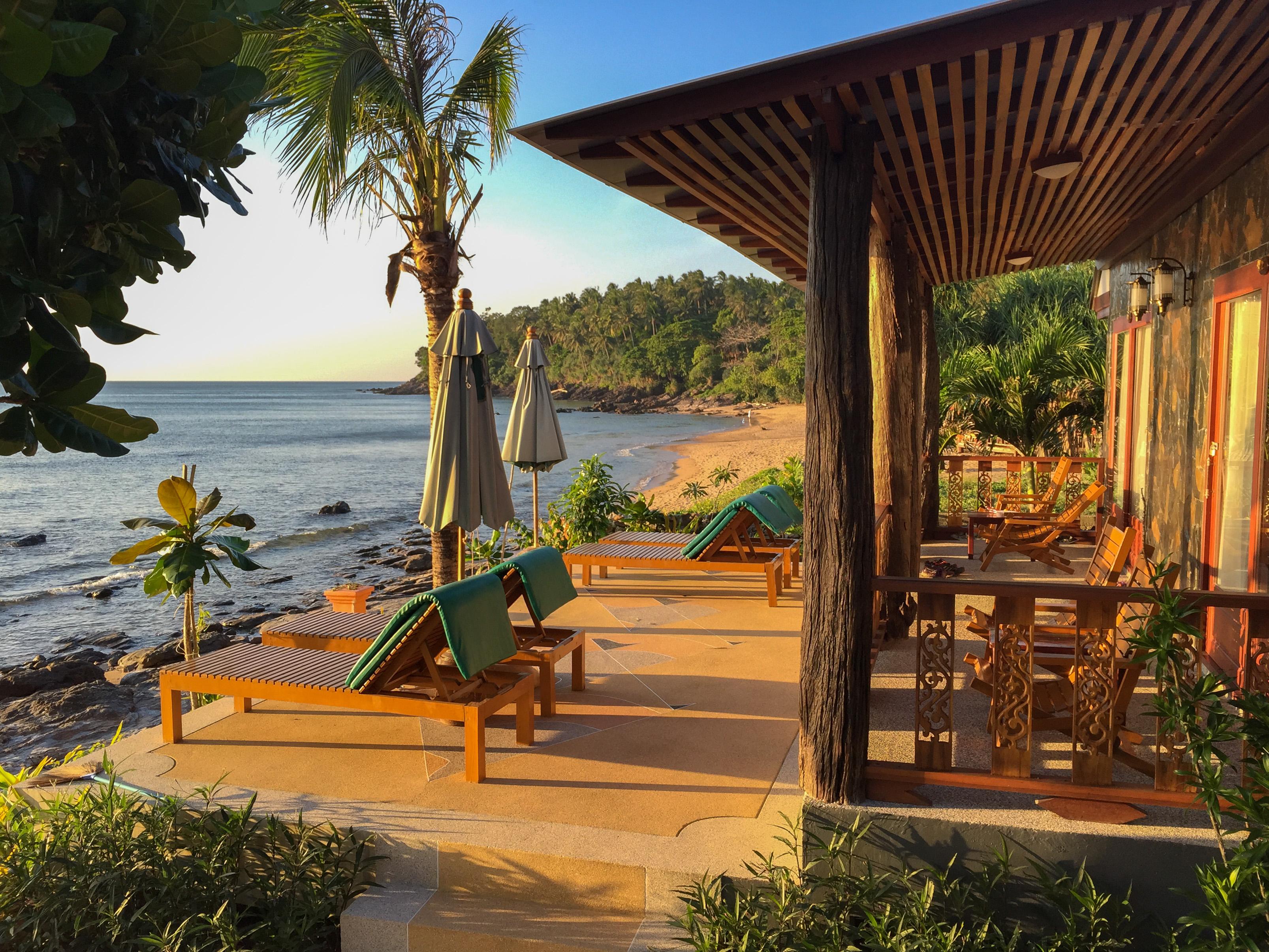 Koh Lanta Beach Bungalows Part - 19: File:Beach House Ko Lanta (22212524722).jpg