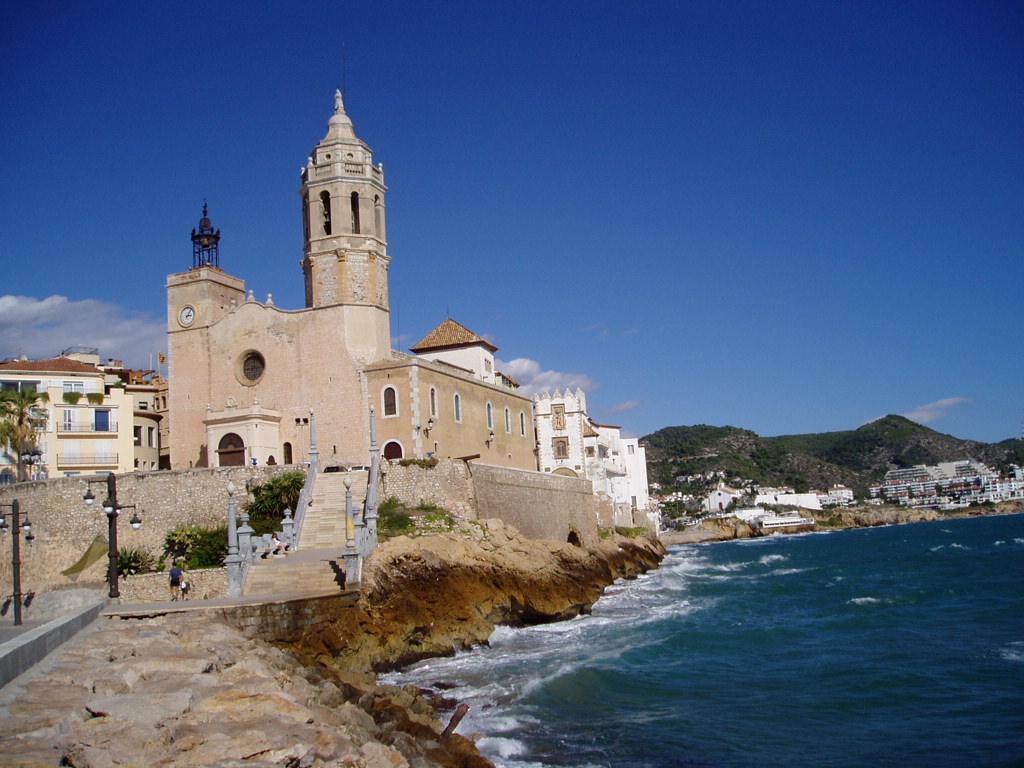 La iglesia de san bartolom y santa tecla sitges today - Fotos de sitges barcelona ...