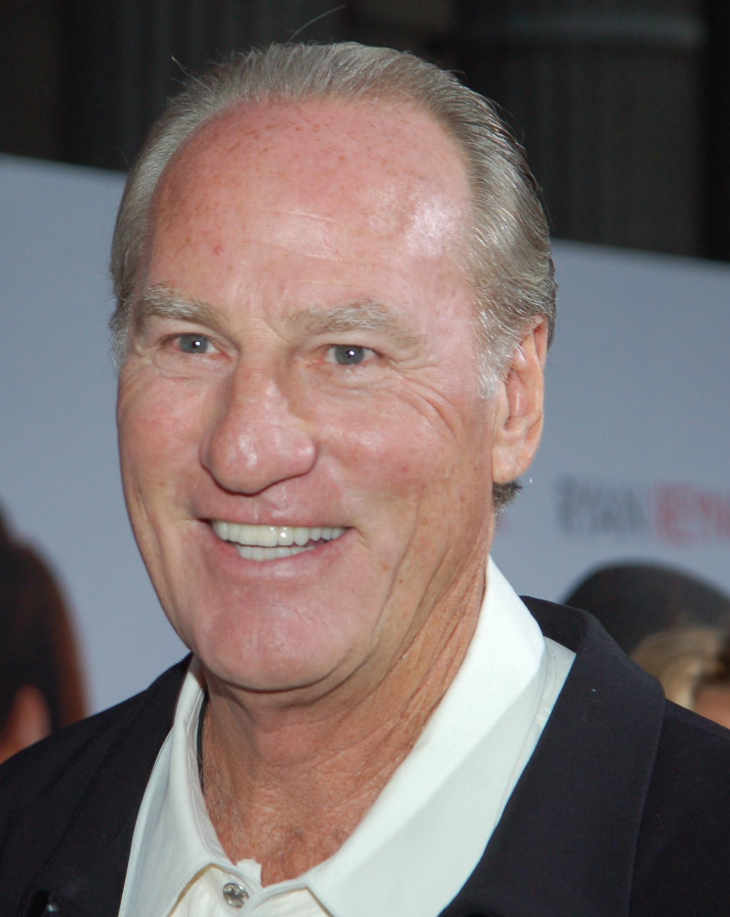 Craig T Nelson