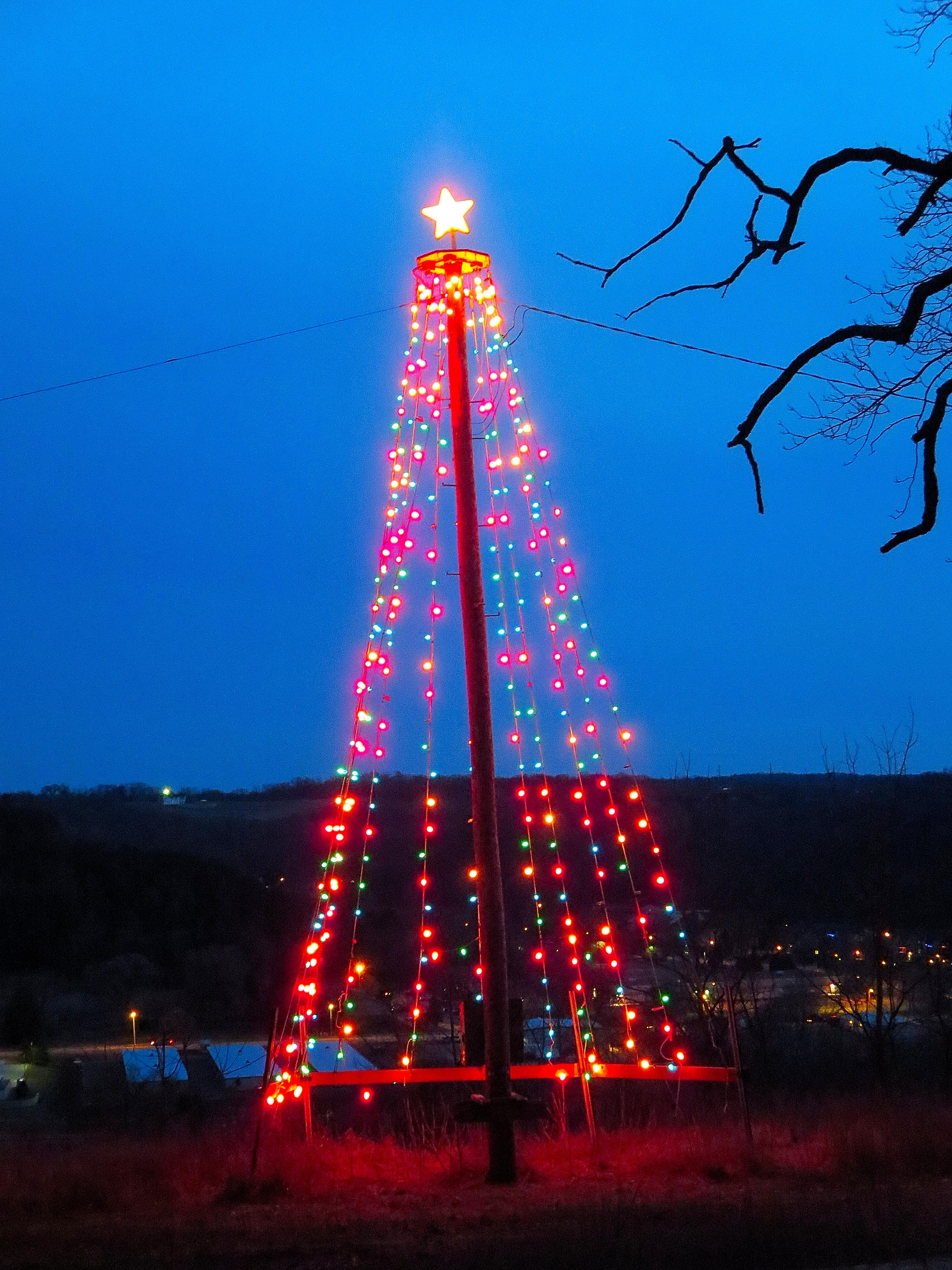 filecross plains hilltop christmas tree panoramio 1jpg - Hilltop Christmas