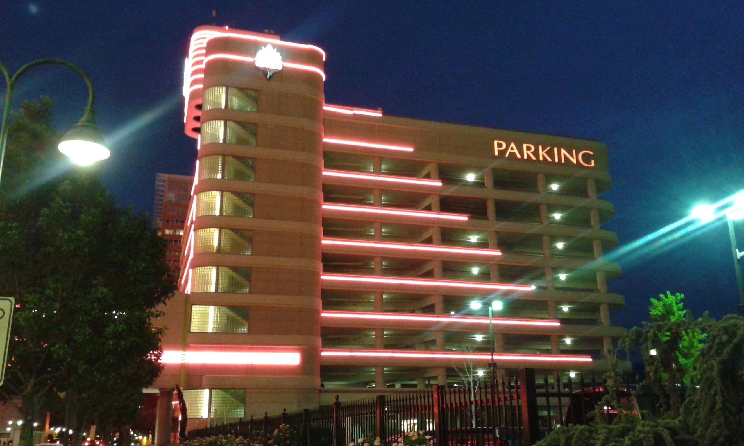 File Eldorado Parking Garage Reno Nv Jpg Wikimedia Commons