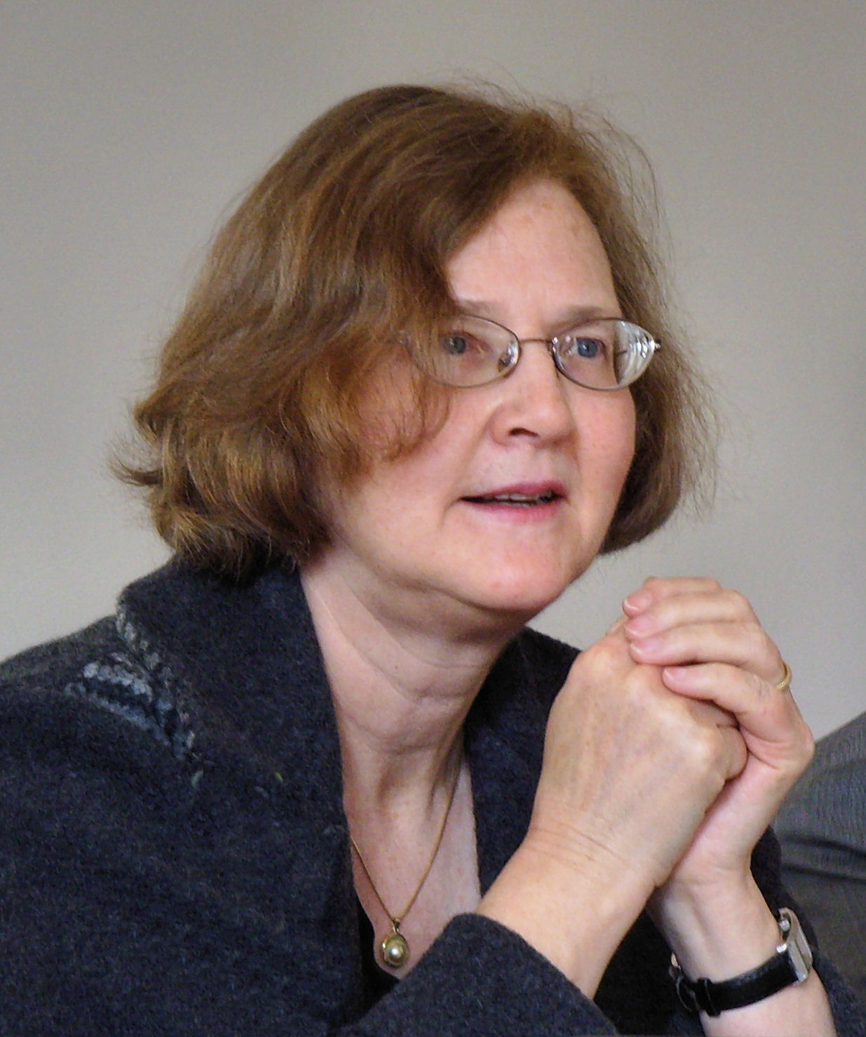 elizabeth blackburn Elizabeth blackburn, one of the nation's most distinguished microbiologists, was  in her office one fall day demonstrating what are known in her.