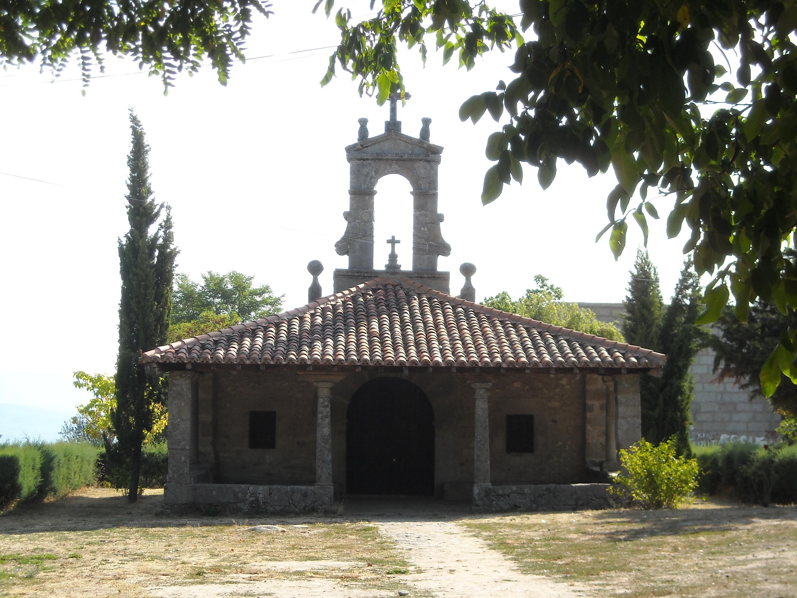 http://upload.wikimedia.org/wikipedia/commons/3/3f/Ermita_de_San_Blas%2C_La_Alberca.JPG