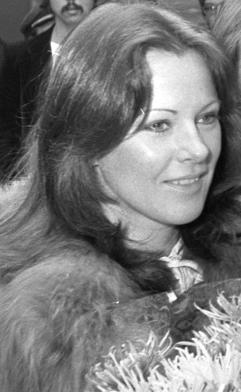 Frida Lyngstad in Netherlands (Amsterdam Airport Schiphol), 1976
