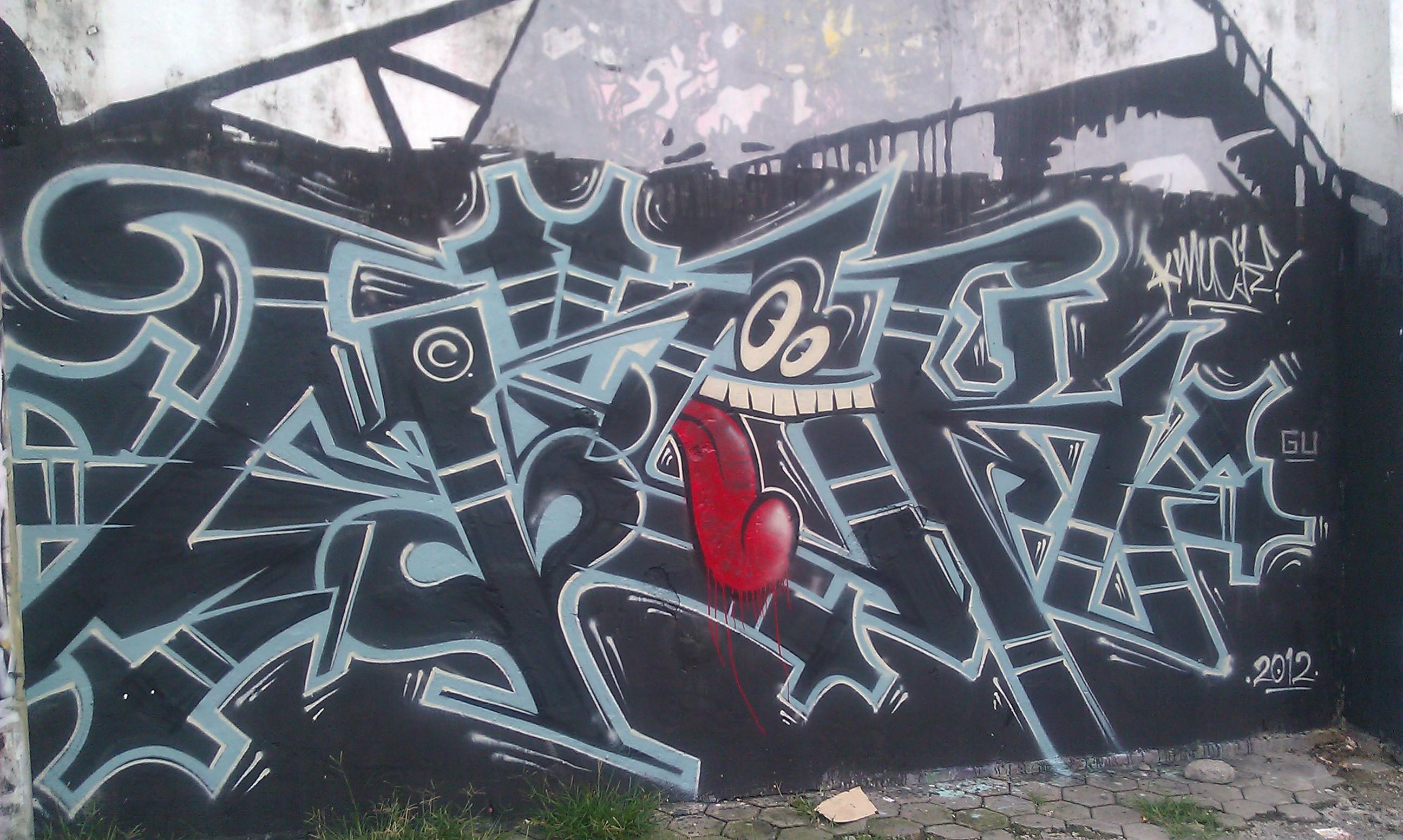 Filegraffiti in yogyakarta indonesia feb 2012 06 jpg