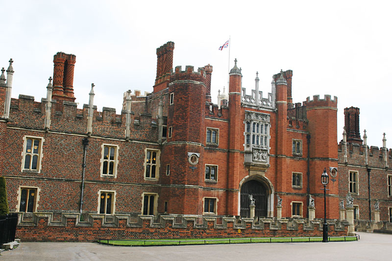 Bild:Hampton-Court-A.jpg