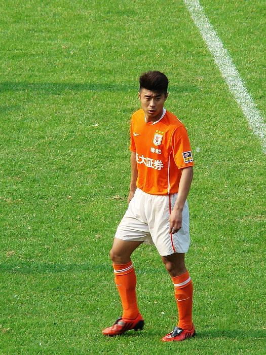 Han Peng (footballer, born 1983)
