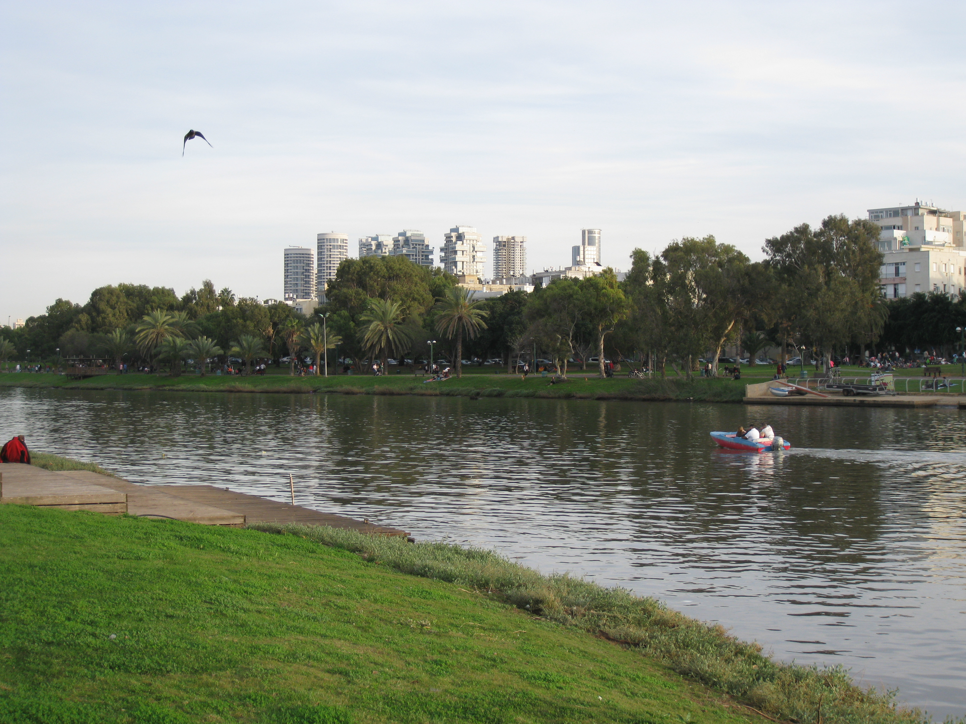 Yarkon River - Wikipedia on west branch ausable river map, river ahava map, tigris river map, khabur river map, mesopotamia river map, kazan river map, red river anatolia map, euphrates river map, chebar river map,