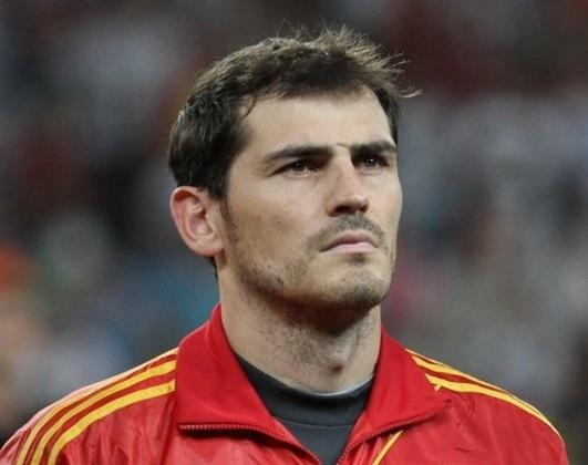Der 37 Jahre alte, 185 cm große Iker Casillas in 2018 Foto
