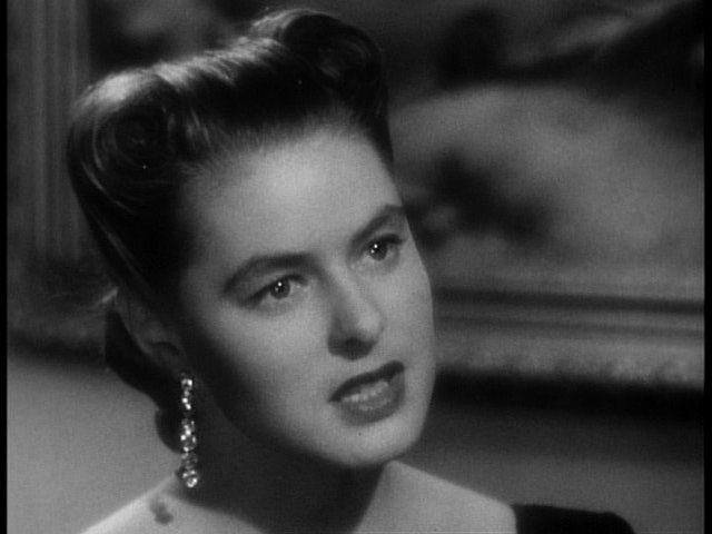 Fichier:Ingrid Bergman in Notorious Trailer(5).jpg