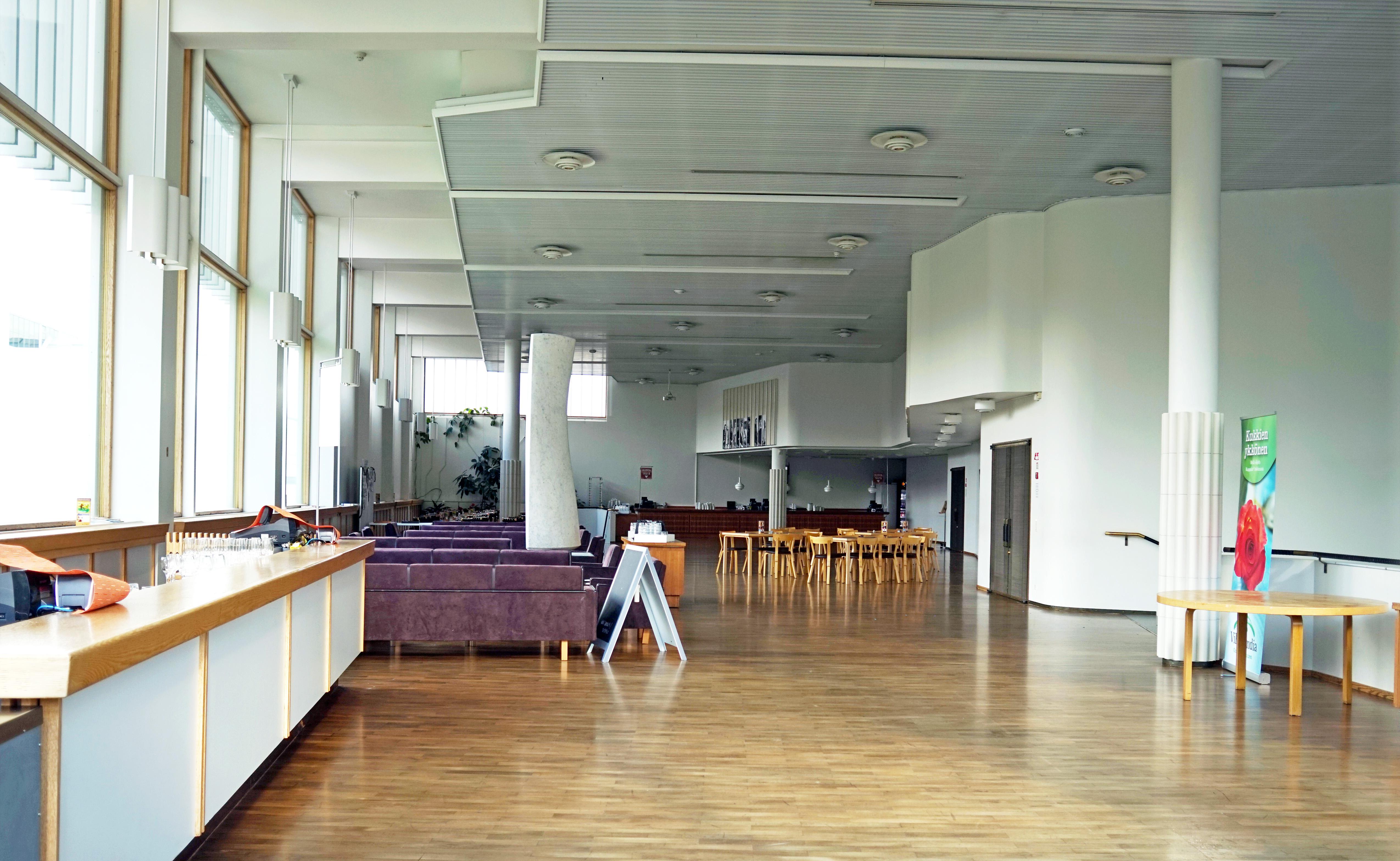 Jyväskylä City Theatre interior.jpg