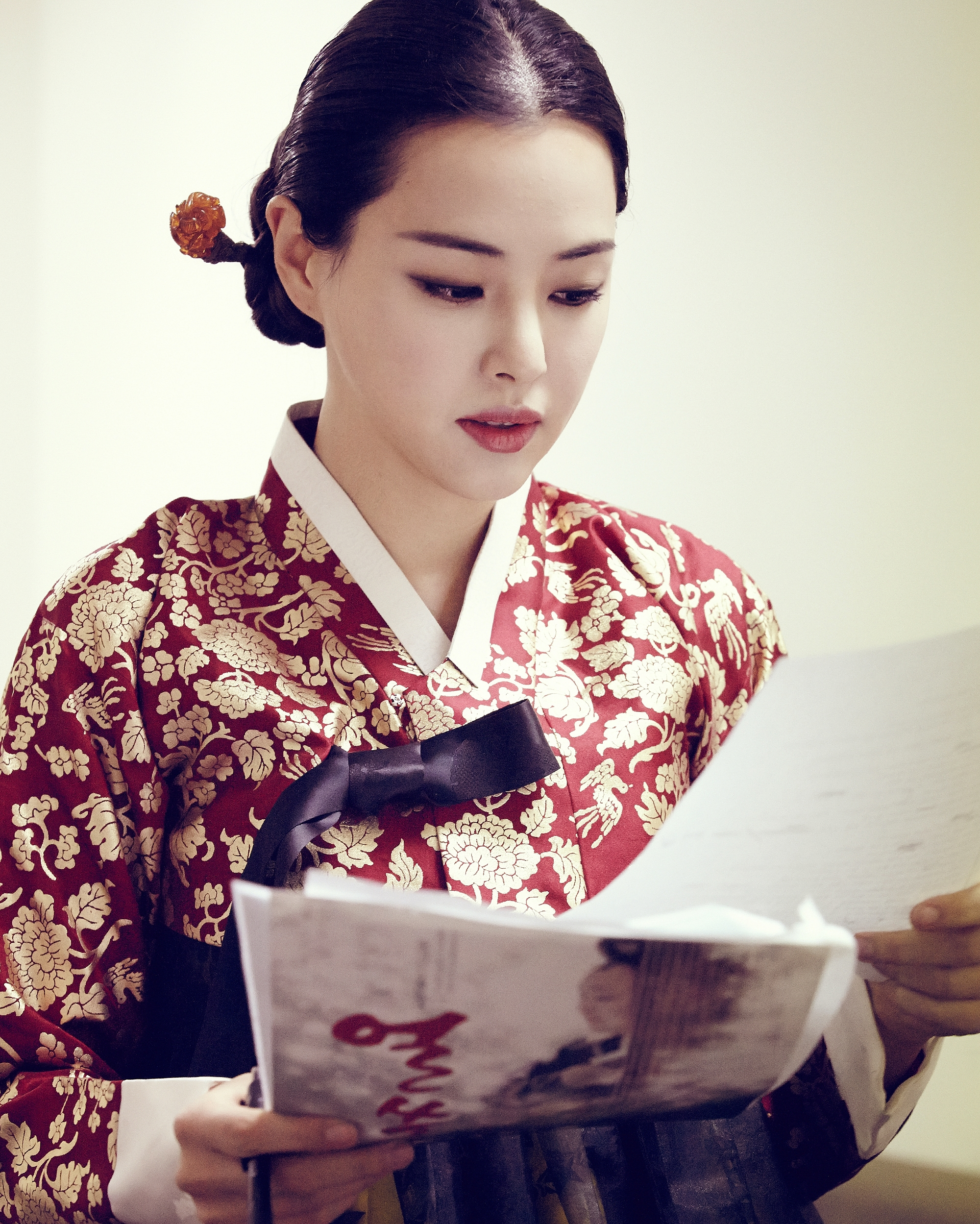 File:Lee Ha-nui3 jpg - Wikimedia Commons