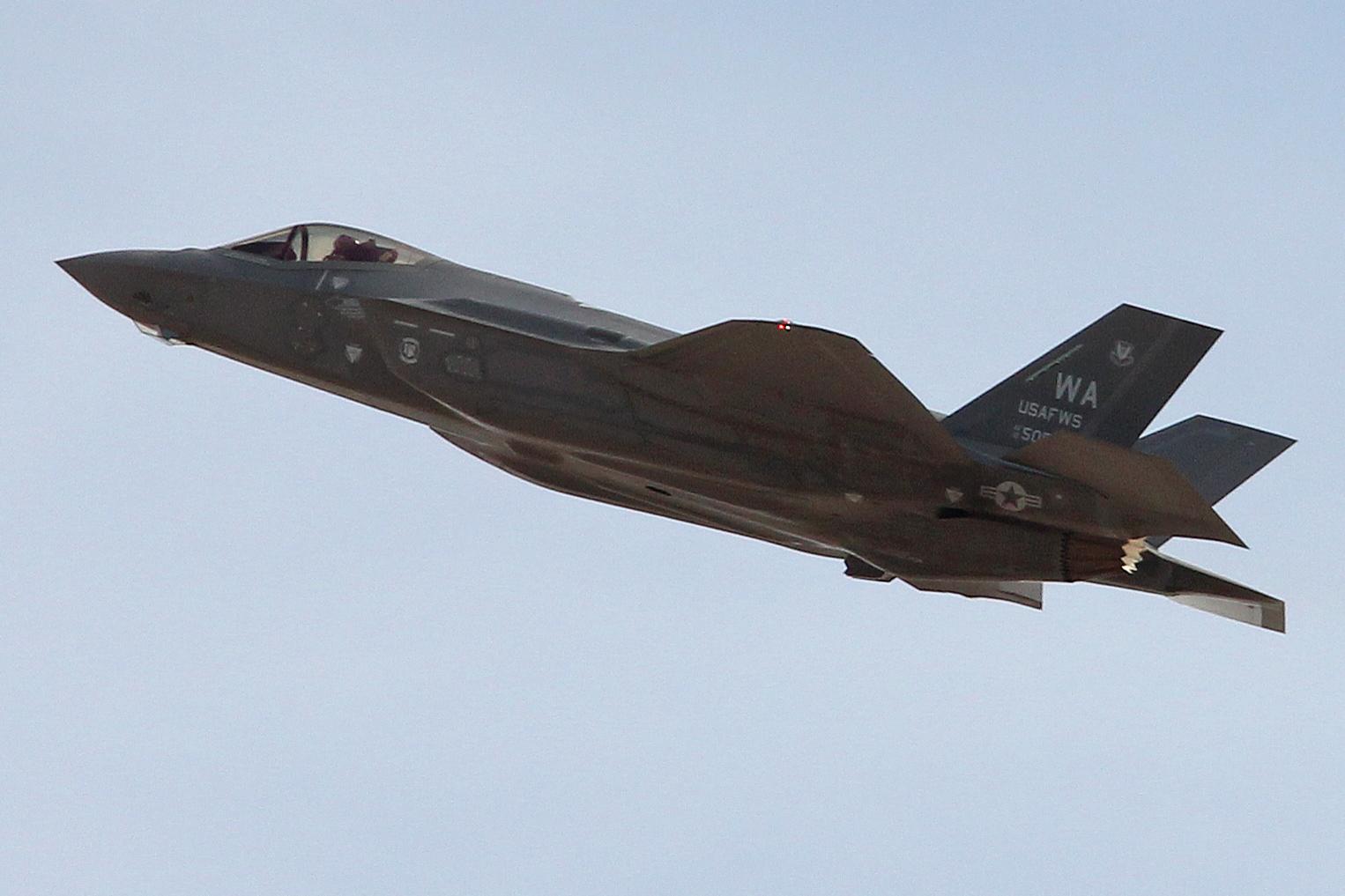 File:Lockheed-Martin F-35A Lightning II '12-5051 - WA' 'USAFWS' (28051205882).jpg - Wikimedia Commons