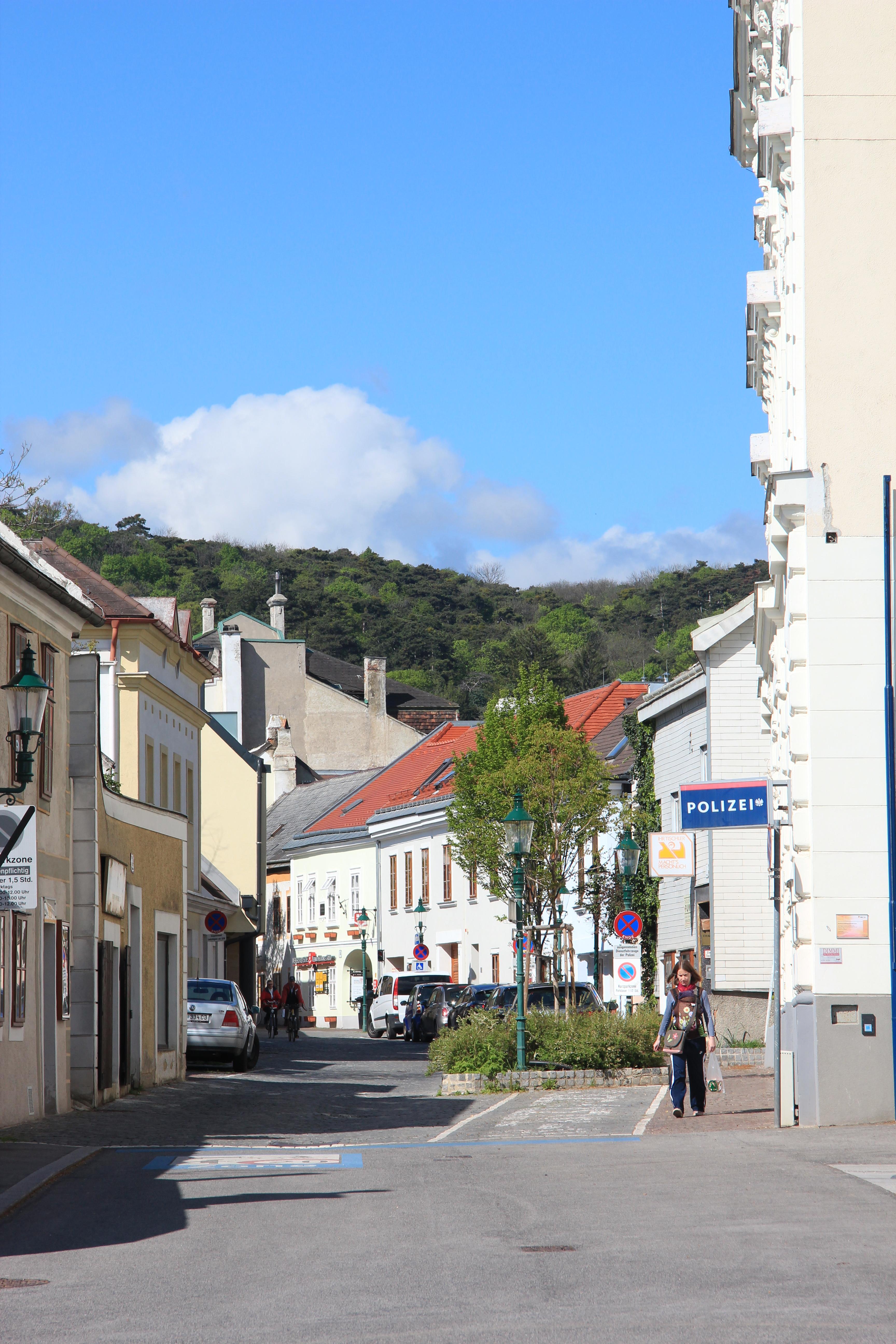 Filemödling Hauptstraße 8008jpg Wikimedia Commons