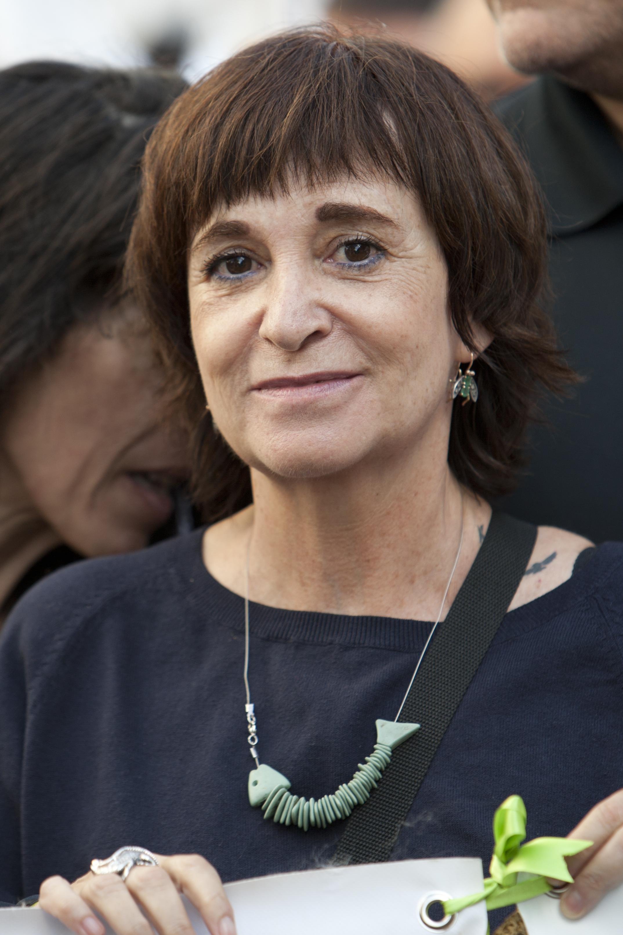 Rosa Montero at a demonstration against the [[Toro de la Vega tournament