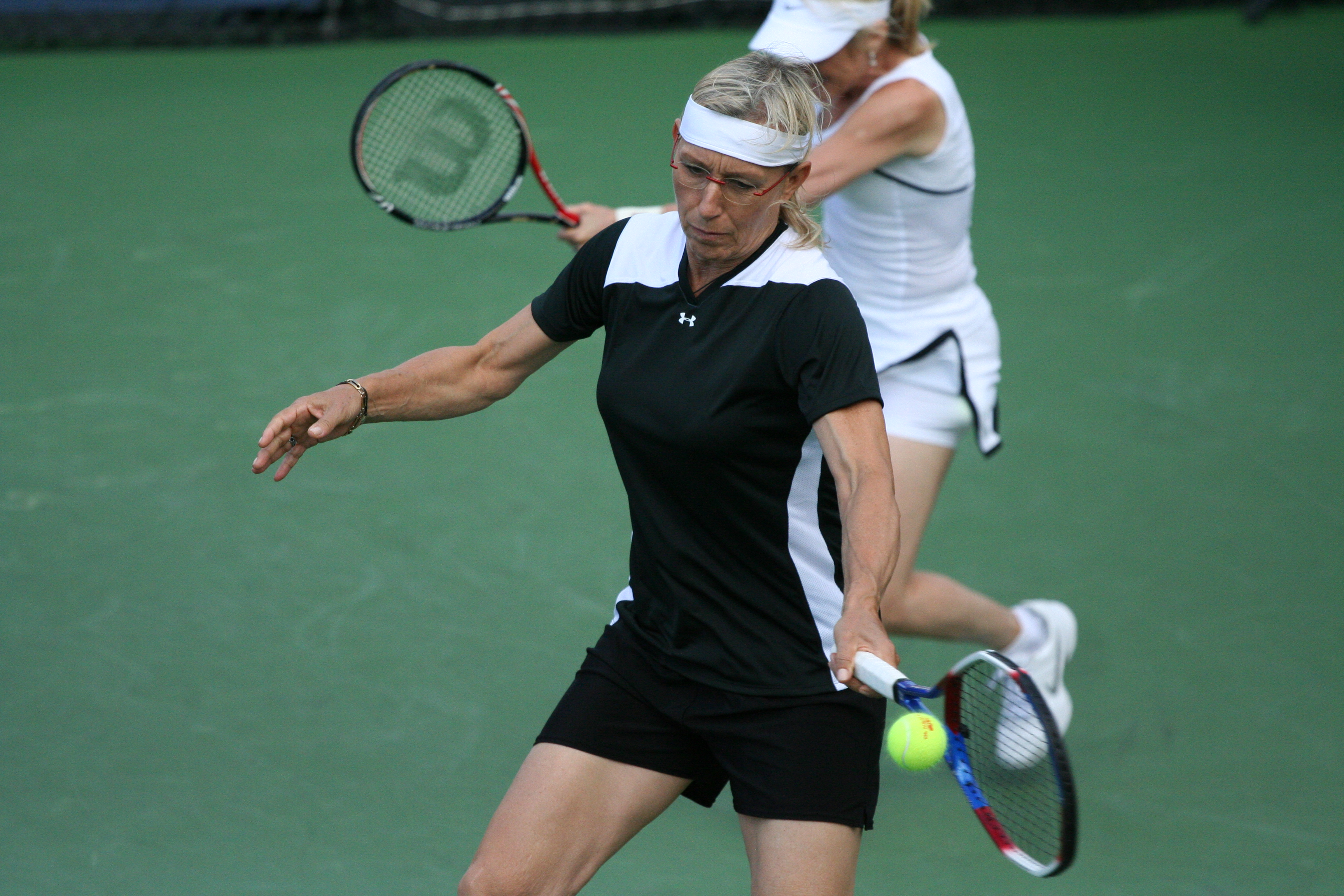 filemartina navrtilov tracy austin at the 2010 us open 01jpg