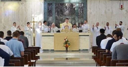 Ordinary form since Second Vatican Council (1970) Mass with Vocation Directors 2.png