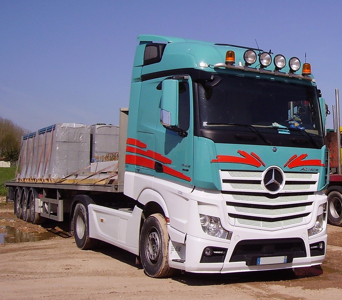 File mercedes benz actros wikimedia commons for Mercedes benz astros