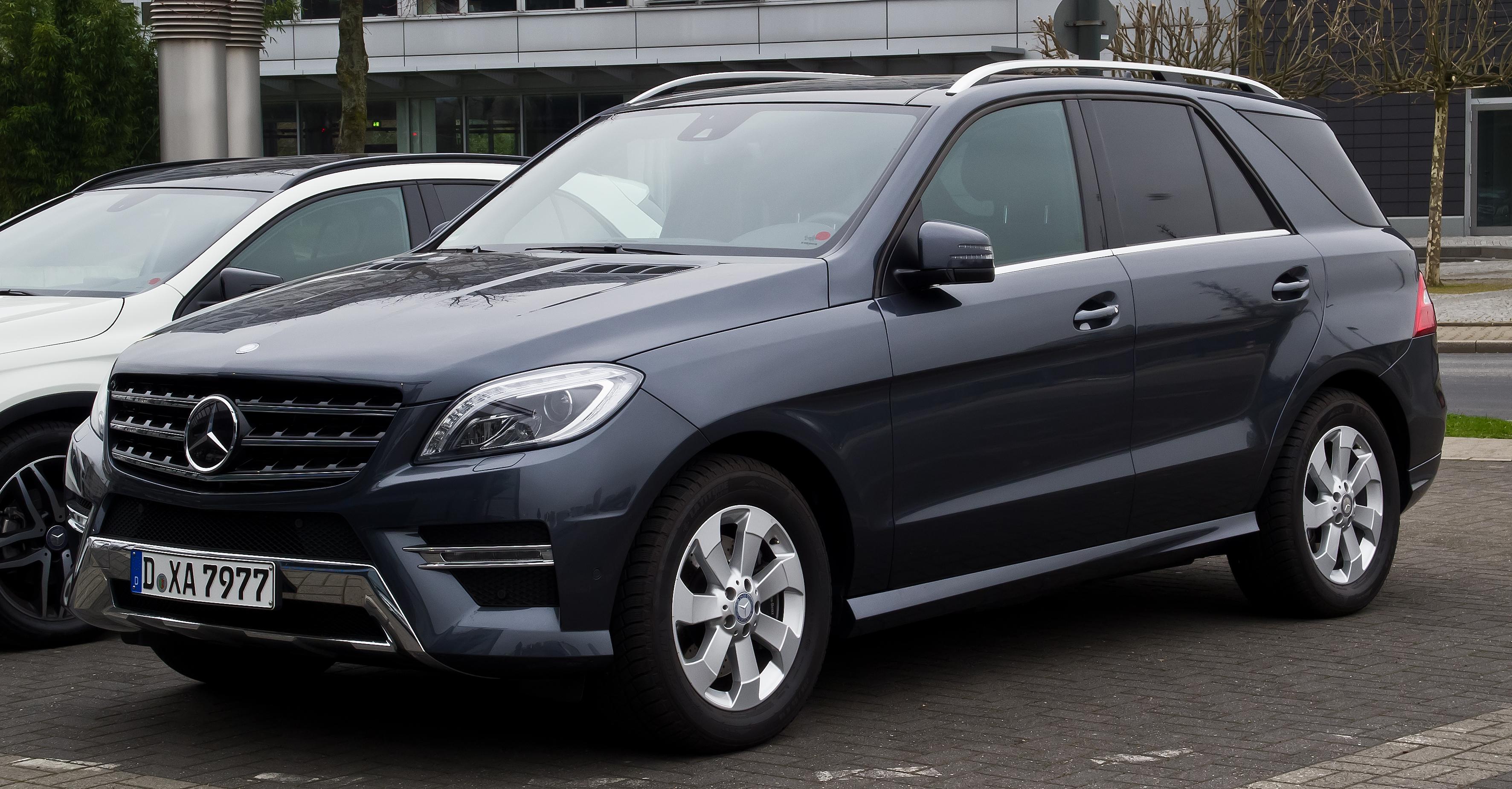 File mercedes benz ml 350 bluetec 4matic sport paket amg for Mercedes benz ml 2014