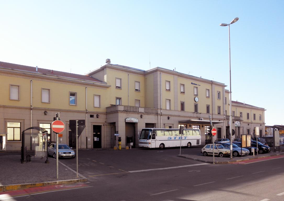 Stazione di mortara wikipedia - Carabinieri porta genova milano ...