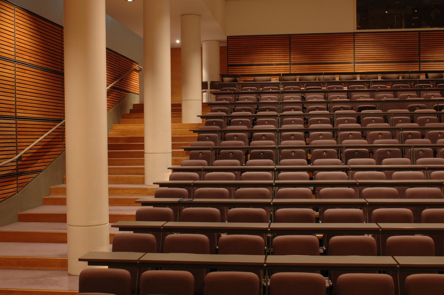 File:Nelson Mandela Lecture Theatre.jpg - Wikipedia