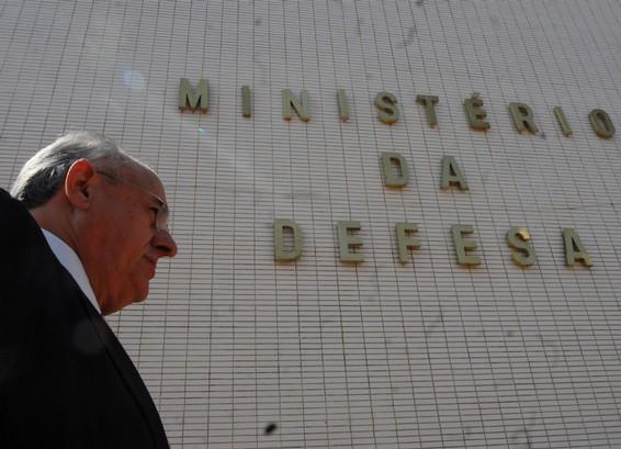 Brasil terá Livro Branco de Defesa