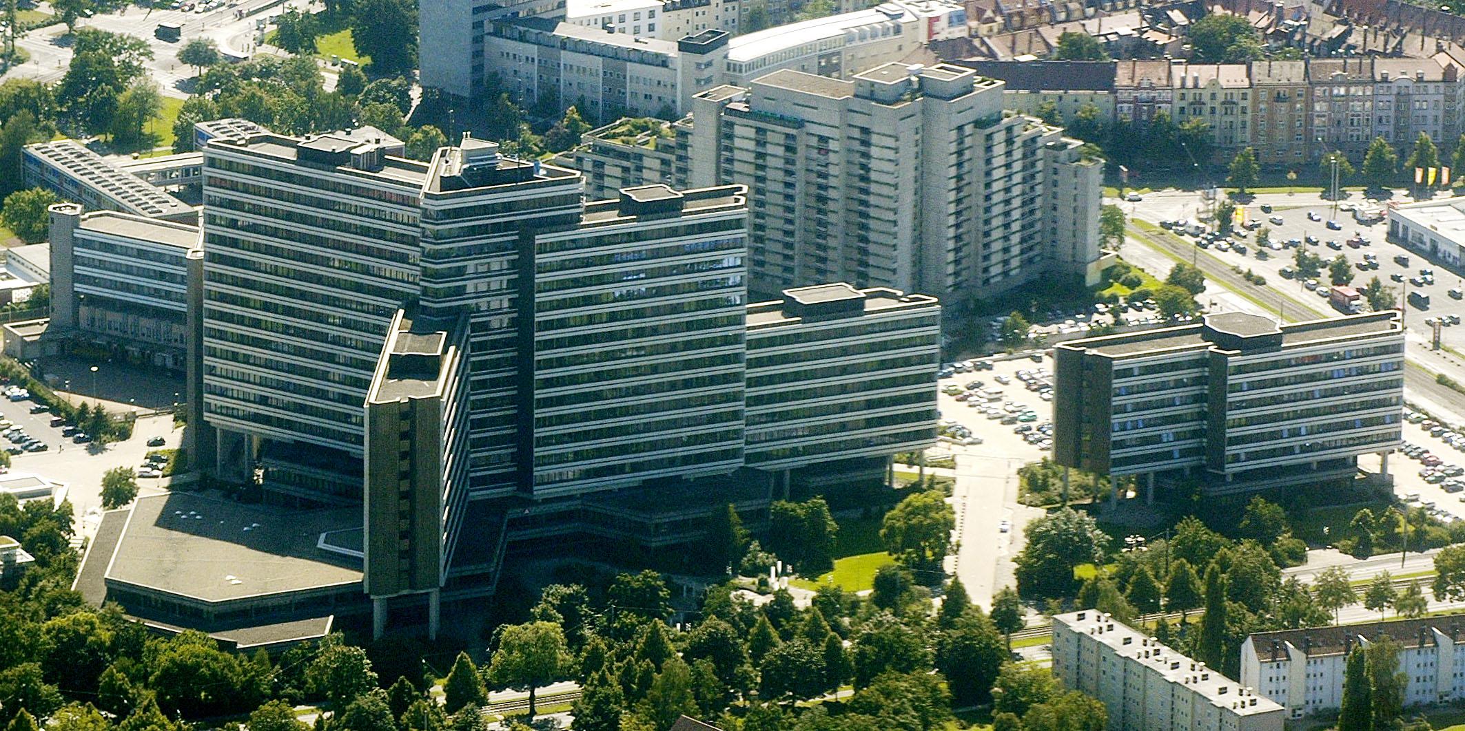 Bundesagentur für Arbeit - von Nicohofmann (Eigenes Werk) - CC-BY-SA-3.0 oder GFDL, durch Wikimedia Commons