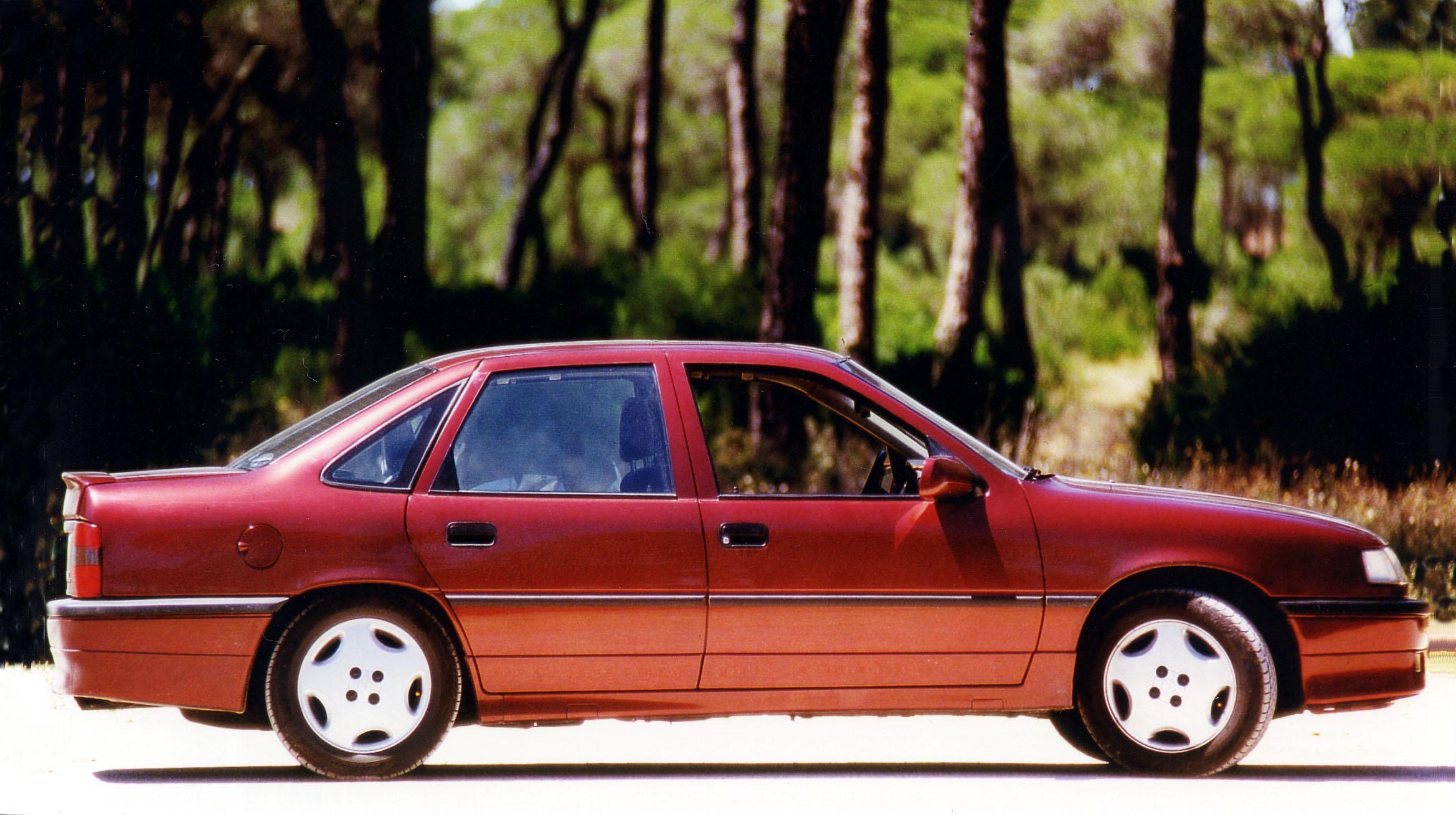 File Opel Vectra 2000 1989 1992 Jpg Wikimedia Commons