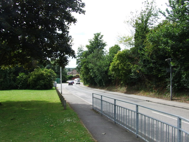 File:Pilgrims Way, Strood - geograph.org.uk - 1359954.jpg