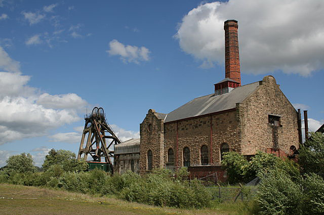 Pleasley Pit - geograph.org.uk - 855523
