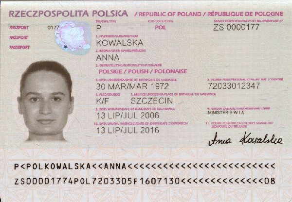 File Polish Passport Biodata Page Png Wikimedia Commons
